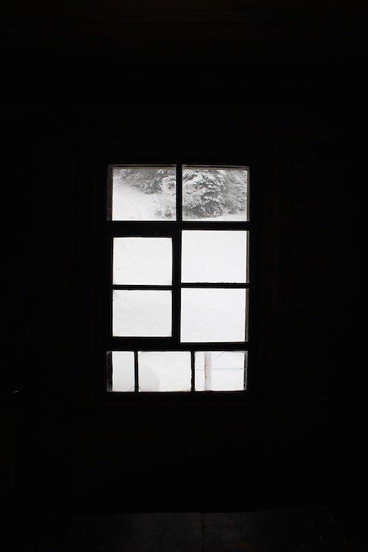 fenster-alp-alt-schnee-noxart.jpg